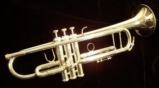 King Silver Flair Trumpet - 2055S Shown